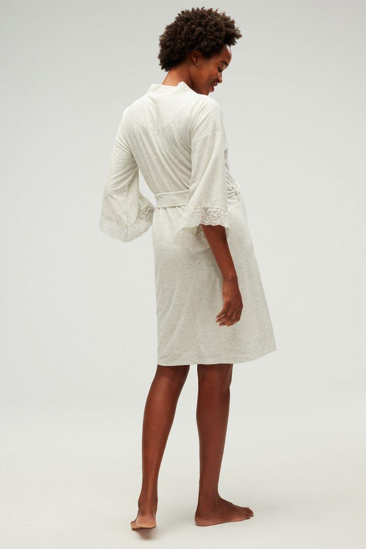 Kimono Umstands-Morgenmantel mit Spitzendetails hellgrau