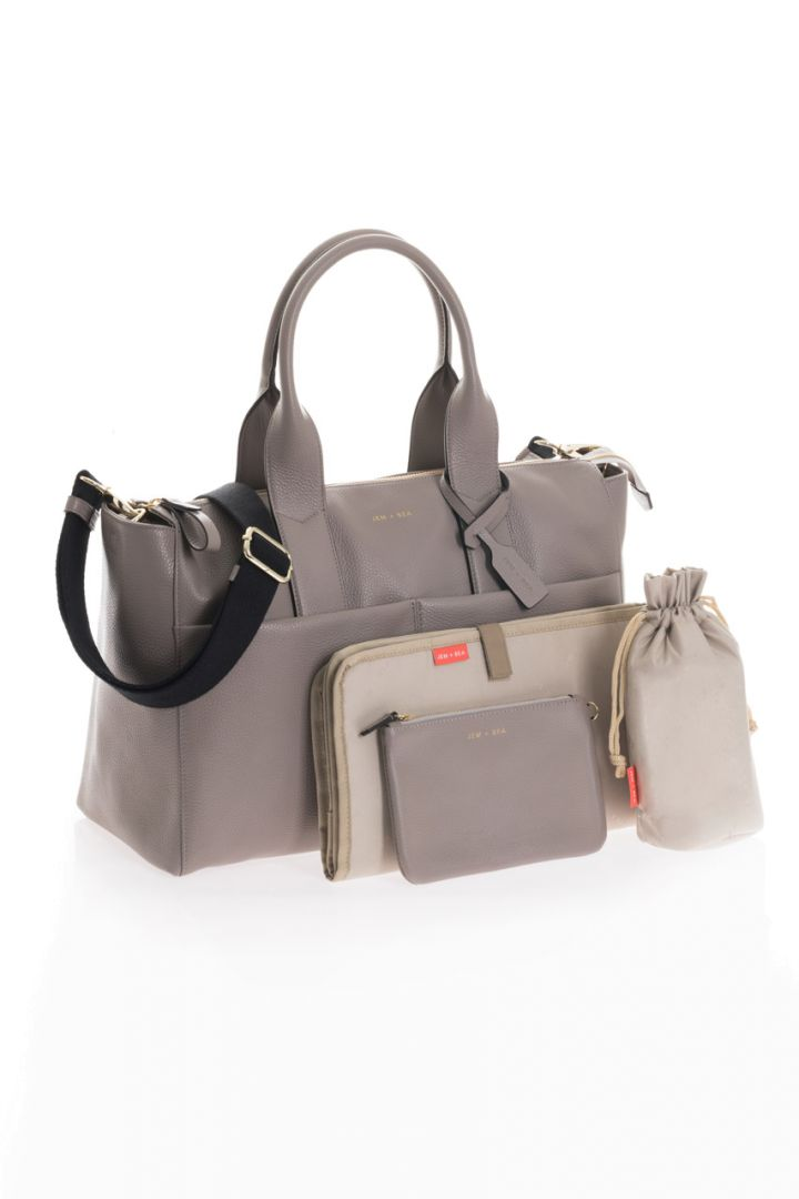Luxe changing bag made of calfskin leather, grey
