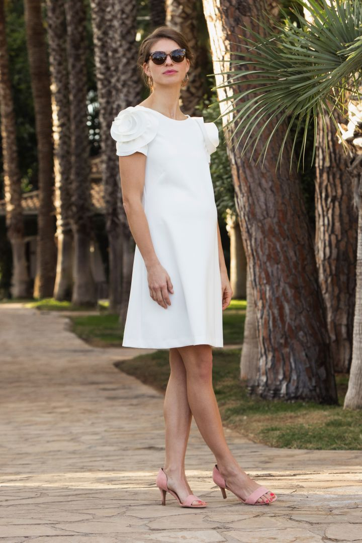 Maternity Wedding Dress with Blossom Decorated Sleeves