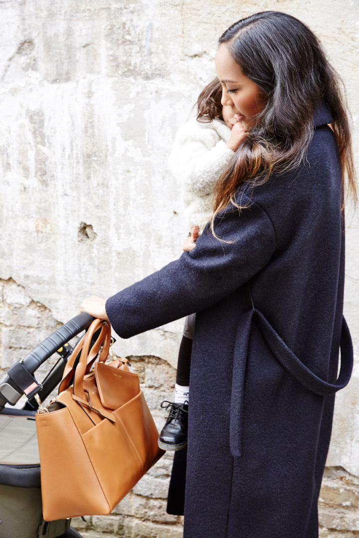 Luxe Wickeltasche aus Kalbsleder camel