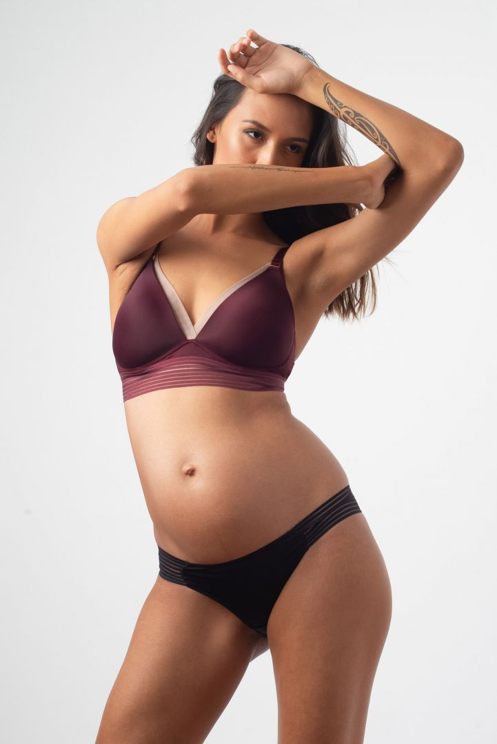 Triangle Maternity and Nursing Bra with Lace black