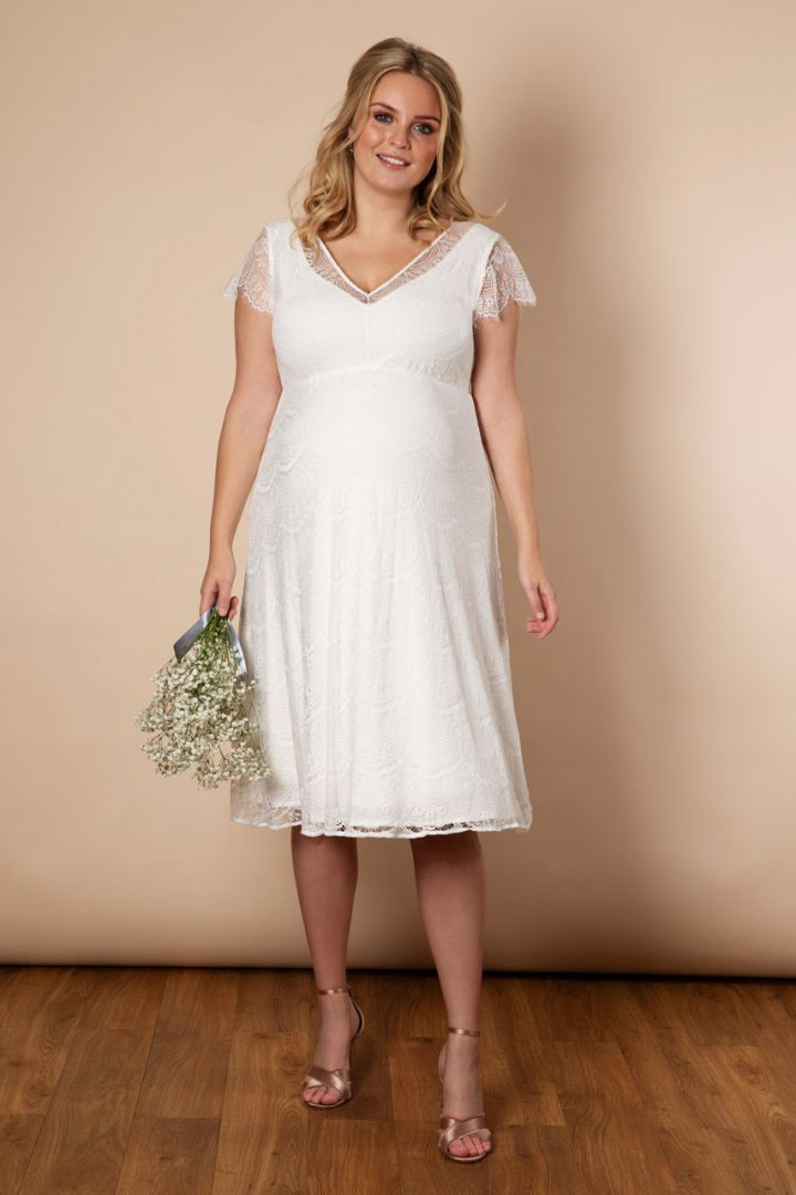 Plus Size maternity wedding dress with sweetheart neckline