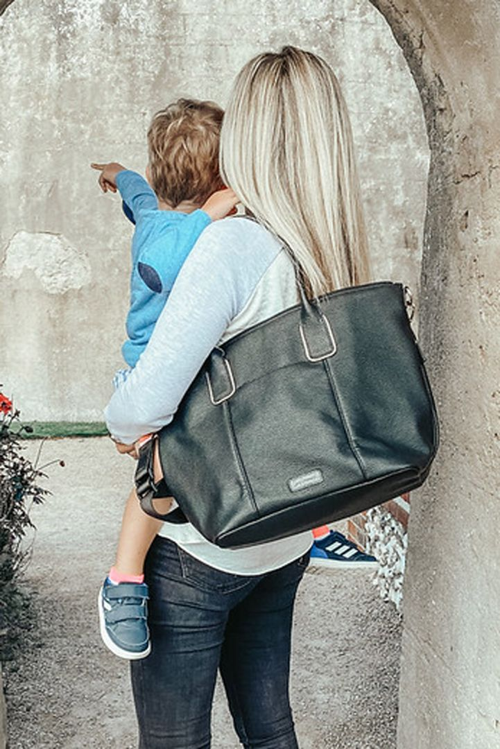Changing Bag Made Of Vegan Leather black