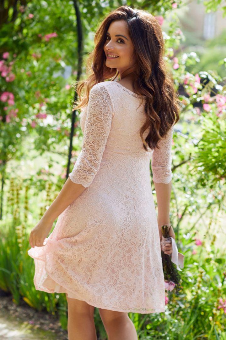 Festliches Umstandskleid mit Spitze rosa