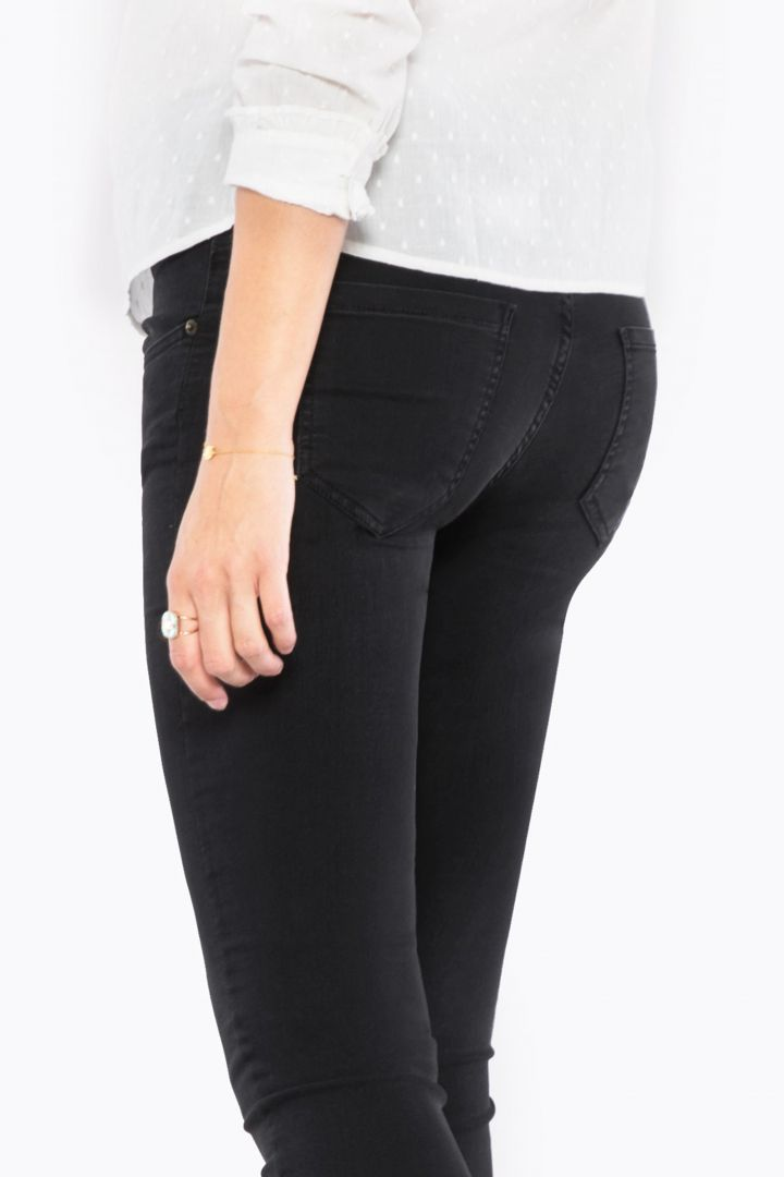 Slim Fit Maternity Jeans with Seamless Band black