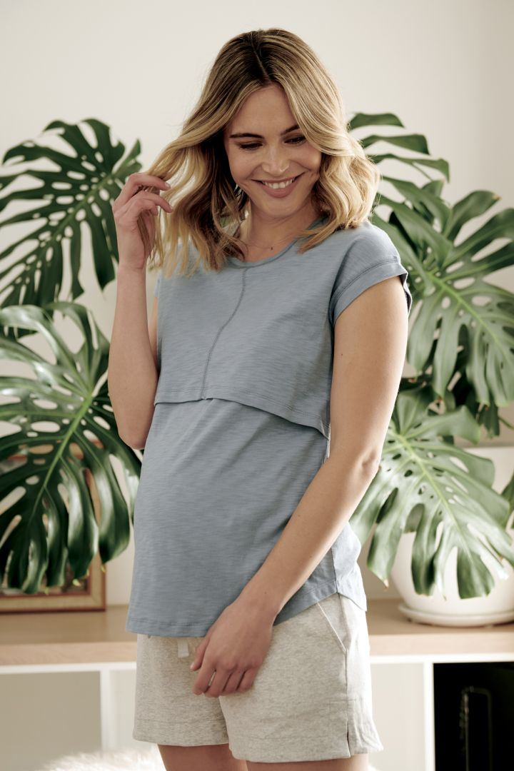 Maternity and Nursing Shirt Relaxed Fit black